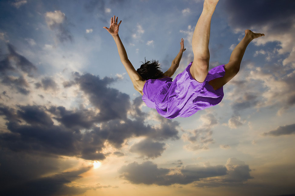 Falling Dreams | Dream Dictionary | Head for Dreams